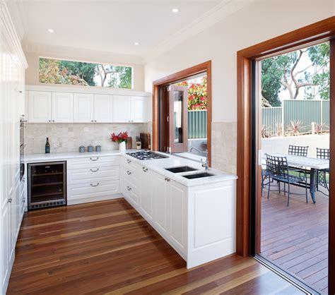 creating  indoor outdoor kitchen completehome