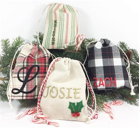 personalized holiday gift bags   minute diy creatively beth