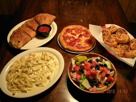 pizza cuisine az restaurant pasta pizza picture of floridino 39 s pizza pasta chandler tripadvisor