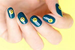 Emoji nail art tutorial : Emoji nails tutorial