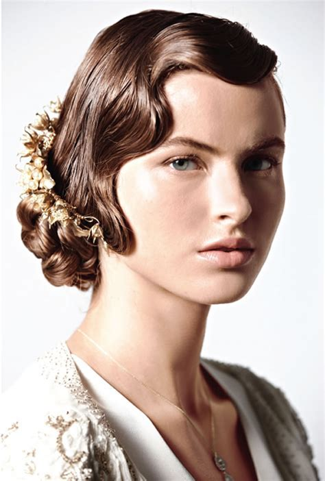 Long Hair Styles For 1920s Flapper   LONG HAIRSTYLES