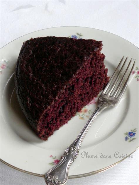 plume cuisine gâteau au chocolat vegan incroyablement bon une plume