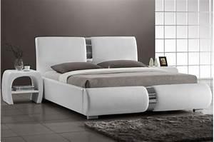 Lit Blanc Adulte : lit design blanc vitara 160x200 cm lits design pas cher ~ Teatrodelosmanantiales.com Idées de Décoration