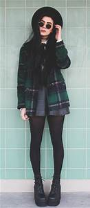 Best 25+ Grunge winter outfits ideas on Pinterest | Winter grunge Grunge fashion winter and ...
