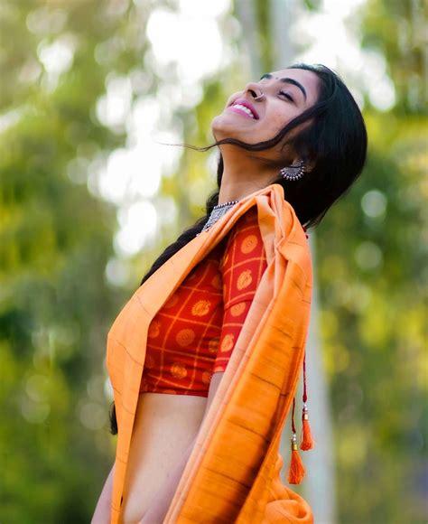 Divi Vadthya Images | Download Indian Actress Hd Photos, Stills