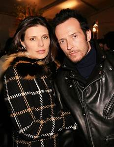 """Scott Weiland's ex-wife claims he died """"years ago"""" because ..."""