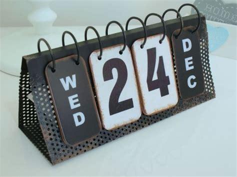 chic perpetual flip calendar shabby vintage style