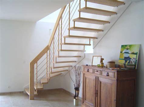 des cuisines en bois escalier suspendu design escalier contemporain modèle