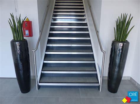 nez de marche inox nez de marche gecko inox gt noir escalier or 233 peinture st sylvain d anjou or 233 peinture