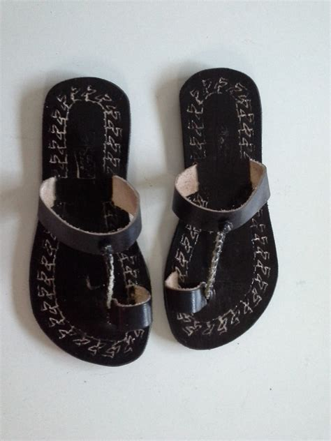 women strap push toe leather sandals black enlight designs