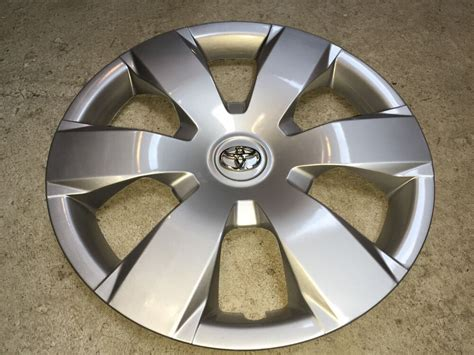61137 2007 08 09 10 11 12 New Toyota Camry Hubcap 16
