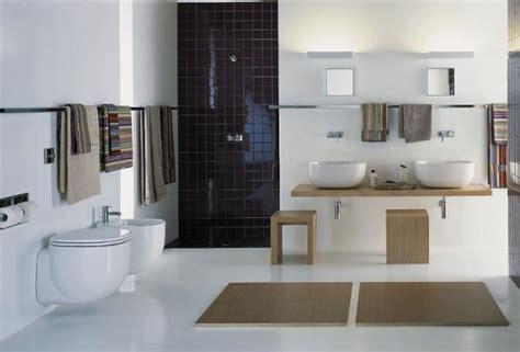 accessoires de salles de bains accessoires salle de bain photo 17 25 de multiples accessoires dans la salle de bain