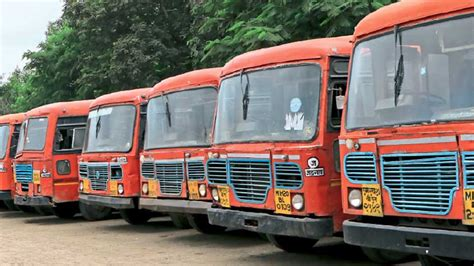 Stbus 44 Crores Loss Due To School Picnic शालेय सहली