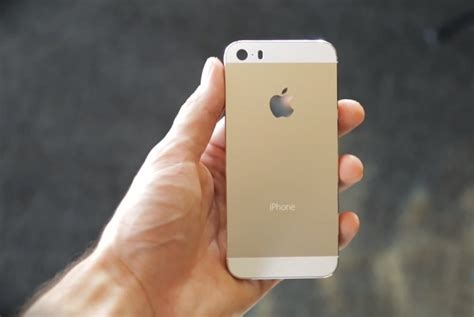 gold iphone apple s gold iphone 5s shortage business insider