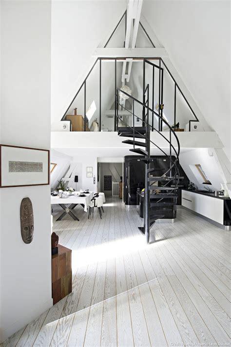 Attic Transformed into Tiny Modern Loft in Paris