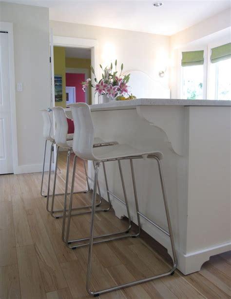 counter stools   kitchen maria killam  true colour expert