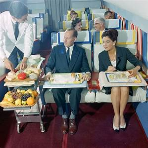 First Class Living : living the dream at 35 000 ft flying first class in the 1960s flashbak ~ Markanthonyermac.com Haus und Dekorationen