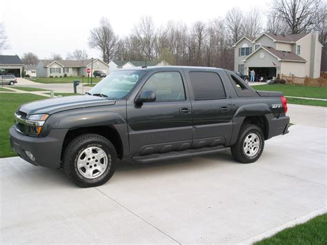 car service manuals pdf 2003 chevrolet avalanche 2500 on board diagnostic system 2003 chevrolet avalanche overview cargurus
