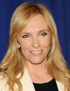 Toni Collette Signs With CAA - Yahoo News