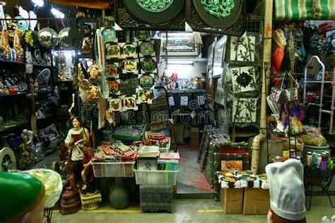 L'arcade Home Interiors : Flea Market Stores In Dapitan Arcade In Manila