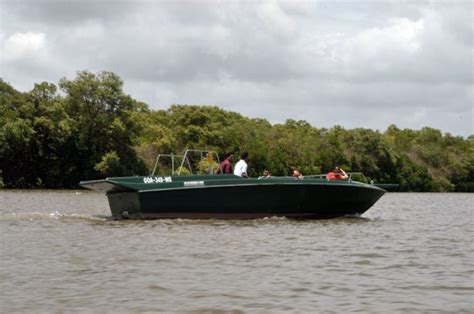 Fishing Boat Engine Price In India by Goa Speed Boat Hire Boat Hire