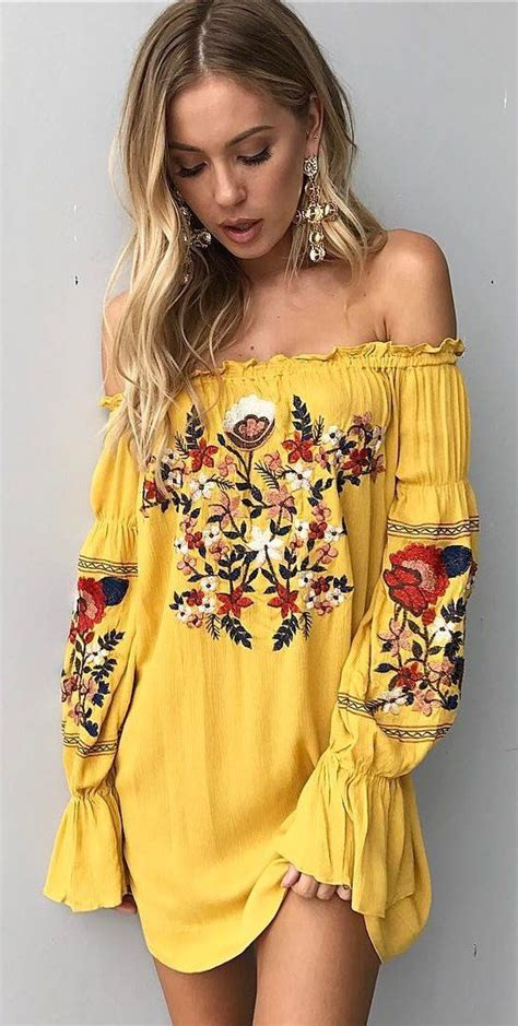 Best 25+ Yellow dress outfits ideas on Pinterest | Yellow summer dresses Womenu0026#39;s yellow outfits ...