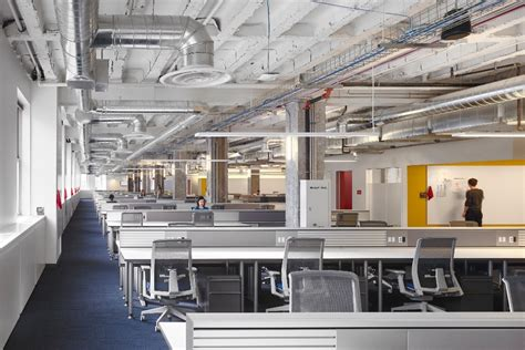 Office In by Take A Look At Yelp S New Office In Chicago Officelovin