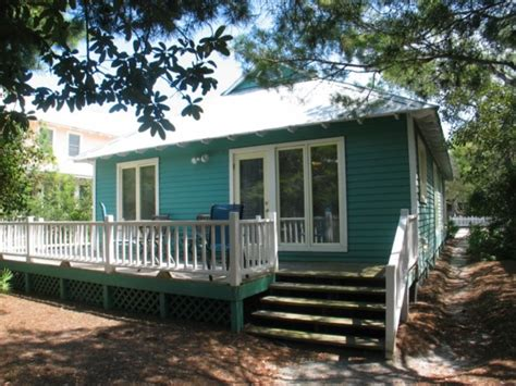 small cottages for in florida 1035 sq ft cottage for a family of six