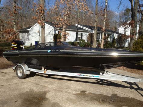 Speed Boat Average Speed by Checkmate Stepped Hull Speed Boat 1985 For Sale For 200