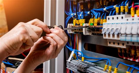Don't DIY: Why You Should Never DIY Electrical Repairs ...