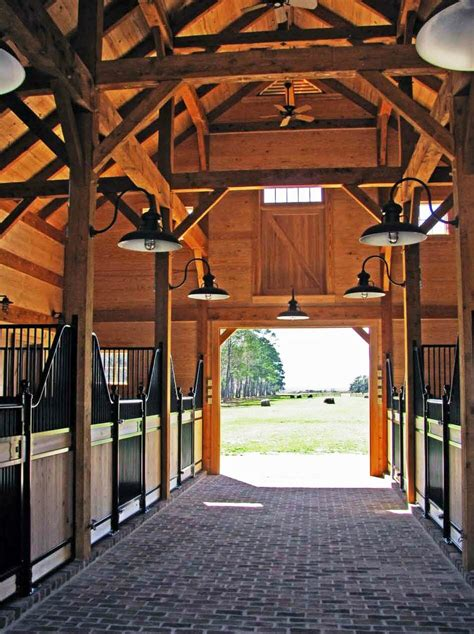 barn horse timber frame carolina barns stable rough beam aisle sawn joinery constructed hemlock located traditional using