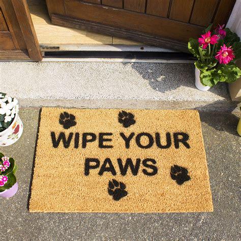 Wipe Your Paws Doormat by Buy Artsy Doormats Wipe Your Paws Door Mat Amara