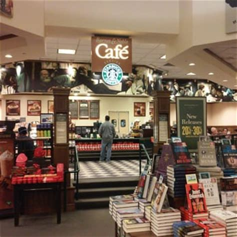 barnes and noble coffee table books barnes noble 27 photos book shops 23630 valencia