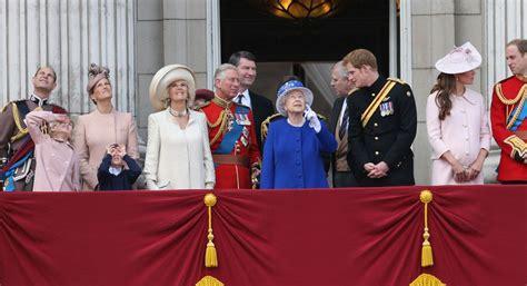 Kate Middleton Photos Photos: Queen Elizabeth II's ...