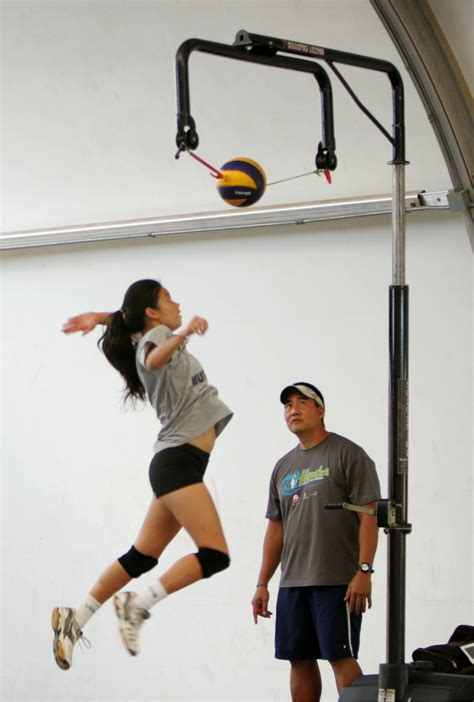 About Pinnacle Volleyball Hawaii - Elite Volleyball training