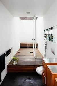 Möbel Für Kleines Bad : bildergebnis f r kleines schmales bad einrichten arch interio ~ Frokenaadalensverden.com Haus und Dekorationen