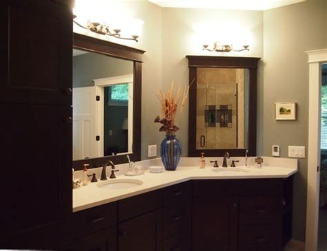 Small L Shaped Bathroom Vanity by 30 Bathrooms With L Shaped Vanities
