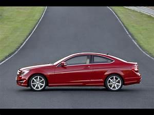Mercedes Classe C 350 : 2012 mercedes benz c class coupe c 350 side 2 1280x960 wallpaper ~ Gottalentnigeria.com Avis de Voitures