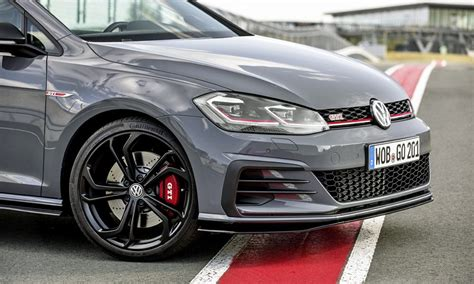 Volkswagen Golf Gti R by Volkswagen Golf 8 Gti And R Due In 2020 Report Car