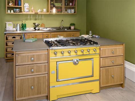 cuisine la cornue mini island idea for small kitchens by la cornue