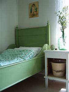 Five, Ways, To, Add, Colour, To, Your, Bedroom