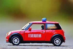 Gambar   Mini Cooper  Balap  Mobil Mainan  City Car  Model