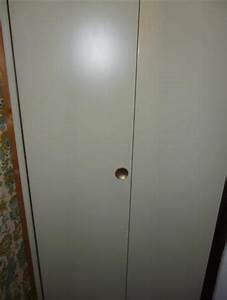 Porte De Placard Pliante : photo porte de placard pliante type kazed en m tal avec ~ Dailycaller-alerts.com Idées de Décoration