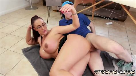 Hot Russian Mom In Jeans Big Tit Step Mom Gets A Massage