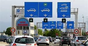 Autoroute Suisse Sans Vignette : frontaliers la vignette autoroute 2019 en vente la 2018 valable jusqu au 31 janvier ~ Medecine-chirurgie-esthetiques.com Avis de Voitures