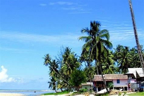 pantai eksotis  wajib dikunjungi  pulau nias