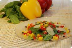 Spinat Als Salat : bunter spinat salat chuchitisch ~ Orissabook.com Haus und Dekorationen