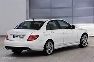 Mercedes Classe C 2010 : mercedes benz c klasse w204 specs 2007 2008 2009 2010 2011 autoevolution ~ Gottalentnigeria.com Avis de Voitures