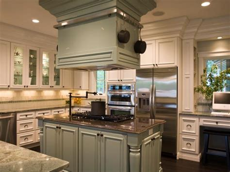 Kitchen Color: Green At Its Best   DIY