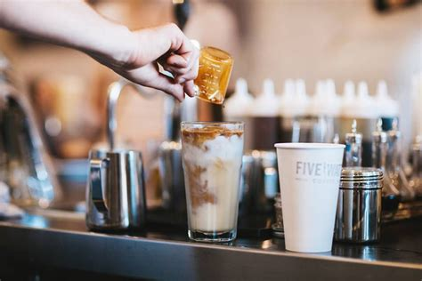 With an array of coffee, tea and menu items, it's the perfect spot to spend an afternoon studying. Best Coffee Shops in Minneapolis and St. Paul - Eater Twin Cities